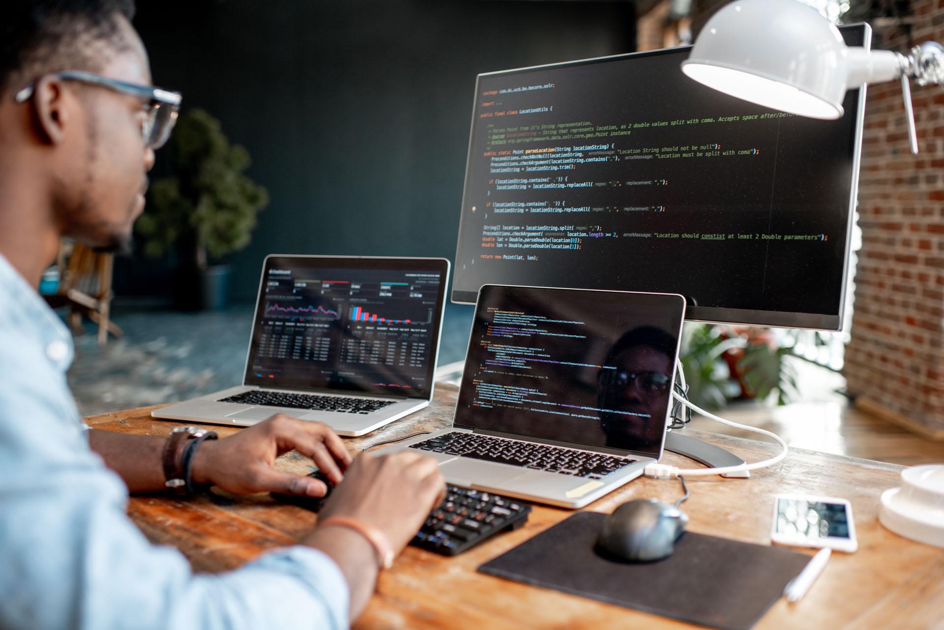 metier-integrateur-developpeur