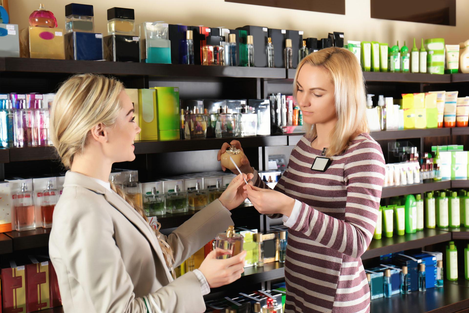 metier-vendeuse-en-parfumerie